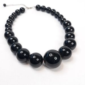 💜Black beaded necklace